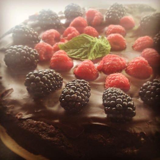 Vegan Berry and Chocolate Cake